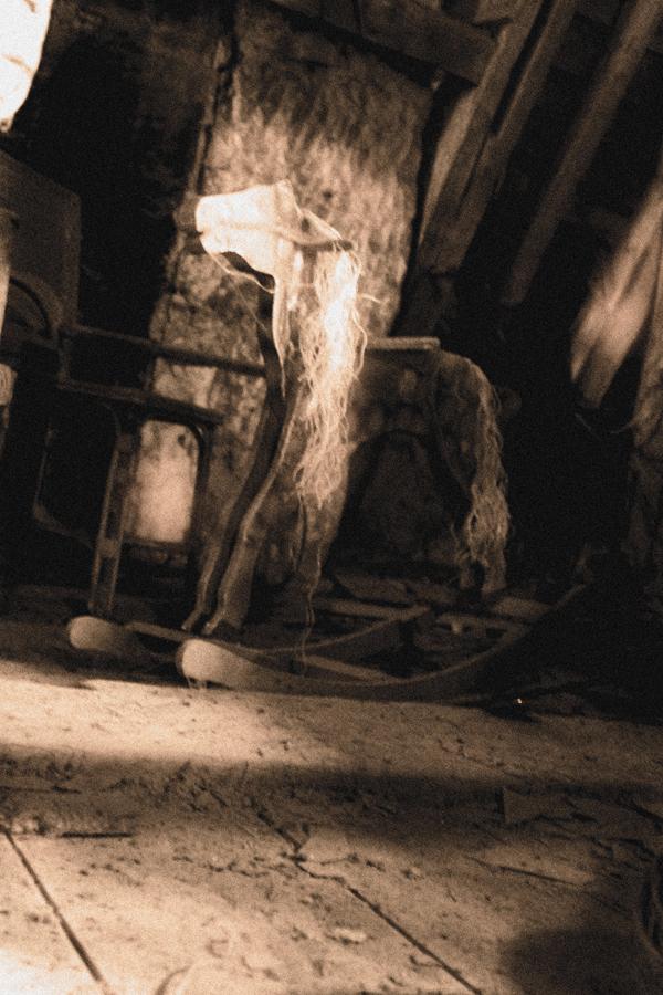 romantisch, gothique, romantique, gotisch, rêve, fantastique, fantastisch, sombre, dunkel, traum, romántico, gótico, soñado, oscuro, fantástico, romantico, gotico, sognato, scuro, fantastico, porte, eau, pierres, , eau, see, mer, cimetière, croix, , rail, train, amour, liebe, forêt, forest, wald, lac, wasser, aqua, poème d'amour, lettre d'amour, roman gothique, poème romantique, lettre romantique, poème gothique, gothique et romantique, larme, église gothique, rivière, champs, anges, ange, mort, soleil, fin du monde, vagues, neige, hiver, été, lac, rue, poème, roman, église, chapelle, triste, tristesse, mélancolique, cathédrale, Romantic, gothic, dream, fantastic, fantasy, dark, gate, door, magic, water, stones sea, cemetery, cross, love, lake, poem love, love letter, gothic novel, romantic poem, rom gothic poem, gothic novel, gothic and romantic, romantic letter, tear, gothic church, river, fields, angels, death, sun, end of the world, waves, snow, , summer, winter, lake, street, poem, poetry, romanticism, sad, sadness, melancholic, cathedral, rose, girl , girls, femmes, femme, fille, gothic girl, femme gothique,
