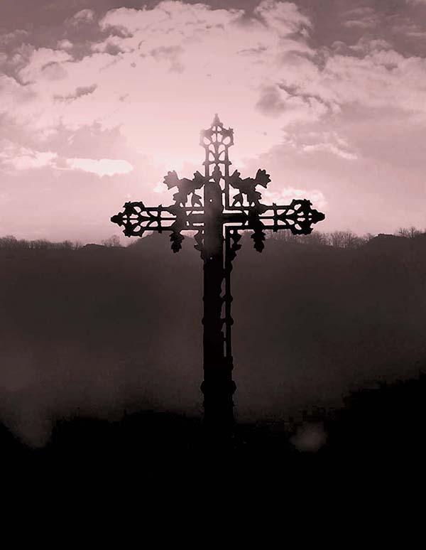 romantisch, gothique, romantique, gotisch, rêve, fantastique, fantastisch, sombre, dunkel, traum, romántico, gótico, soñado, oscuro, fantástico, romantico, gotico, sognato, scuro, fantastico, porte, eau, pierres, , eau, see, mer, cimetière, croix, poème d'amour, lettre d'amour, roman gothique, poème romantique, lettre romantique, poème gothique, gothique et romantique, larme, église gothique, mélancolique, mélancolie, nuit, night, dark, sombre, memories, souvenirs, melancoly, soulages, Baudelaire, Verlaine, Rimbaud, Soulages, noir, baudelaire, verlaine, rimbaud, friedrich, Friedrich, Nietsche, nietsche, noir, black, Maupassant, Mary Shelley, Lewis, Irving, Frankenstein, vampire, vampyre, château, castle, Mozart, mozart, diable, diabolique, Victor Hugo, fantôme, Fantôme, fantome, fantômes, Mont-Saint-Michel, mont saint michel, tombe, grave, doll, poupée, cathédrale, vitraux, vitrail
